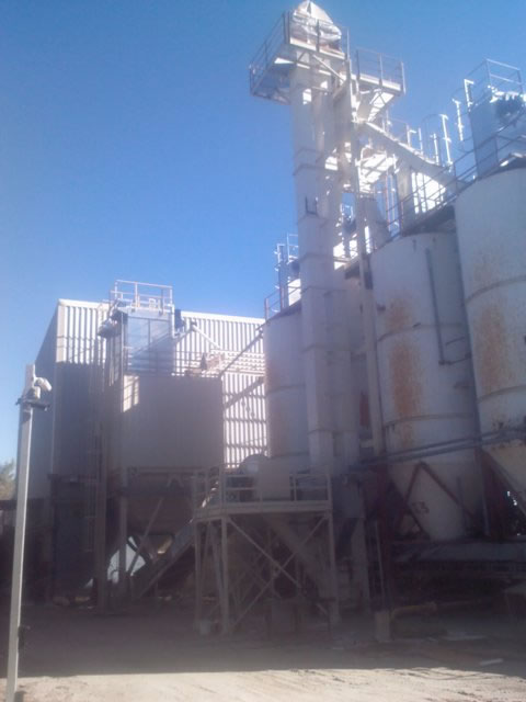 Conveying and storage of perlite