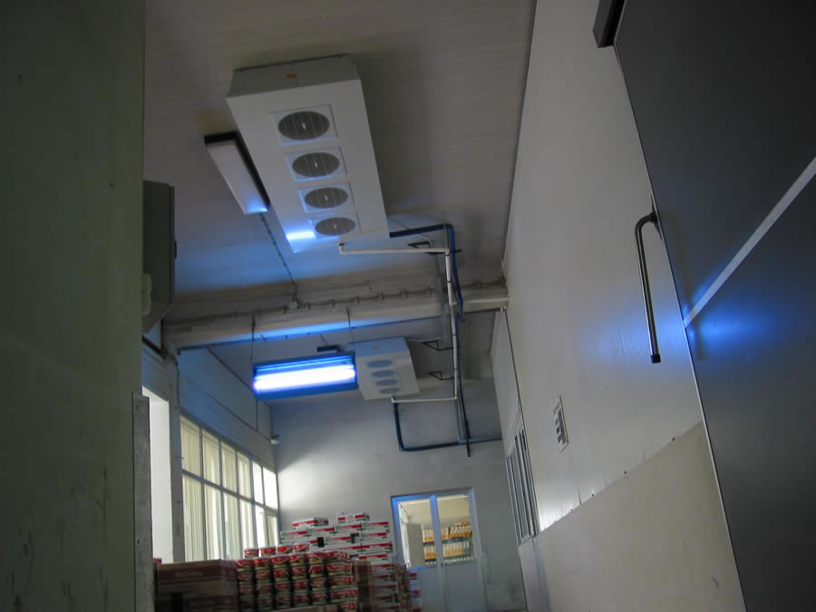 Industrial cooling system in a chocolate products warehouse