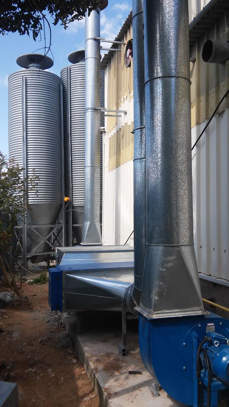 Εγκατάσταση ηλεκτρόφιλτρου για συγκράτηση ατμών λαδιού σε βιομηχανία πλαστικών